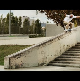 Add-a-Trick in the Bruin Hyperfeel | Nike SB