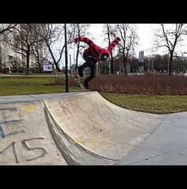 Albert Azjan DVS Skateshop.pl