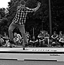 Burn Skateboarding Day - foto z krakowa
