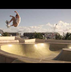 ERIC KOSTON AND OAKLEY AT THE ST KILDA SKATE SPACE