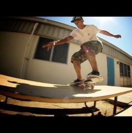 Felix Arguelles' Lipslide Trick Tip , Alli Sports Skateboard Step By Step