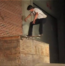 Jake Johnson ! Ride Destructo
