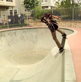 LOUIE LOPEZ RULING THE FLIP BOWL