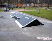 Nowy box i rurka na skateparku w Myślenicach