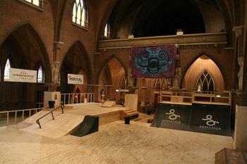 Skatepark w kościele