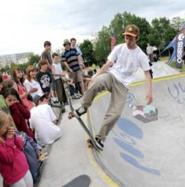 Skateparki do zimy na osiedlach Bydgoszczy.