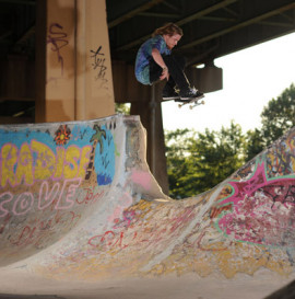 Theeve Trucks - nowy rider
