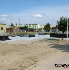 Trzy nowe małe skateparki