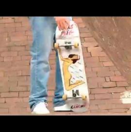 Cliché skateboards in Paris