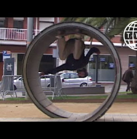 Simon Isaksson Does The First Street Loop | Sour Files 15