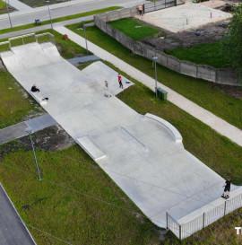 Skatepark betonowy w Chęcinach