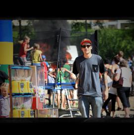 Za kulisami – Serum Skateboards